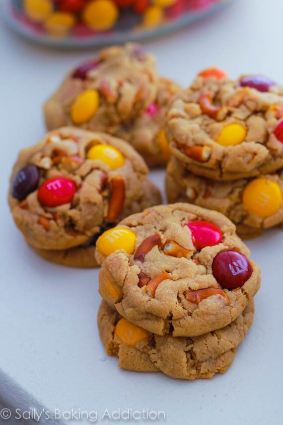 Bite Size Peanut Butter Pretzel M&M Cookies by Sallys Baking Addiction #cookies