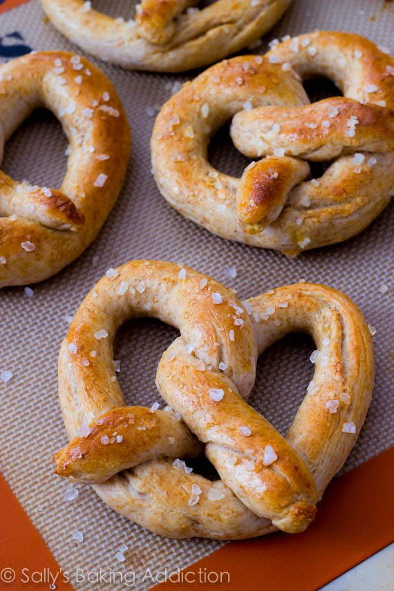 30 Minute Homemade Soft Pretzels - Sallys Baking Addiction