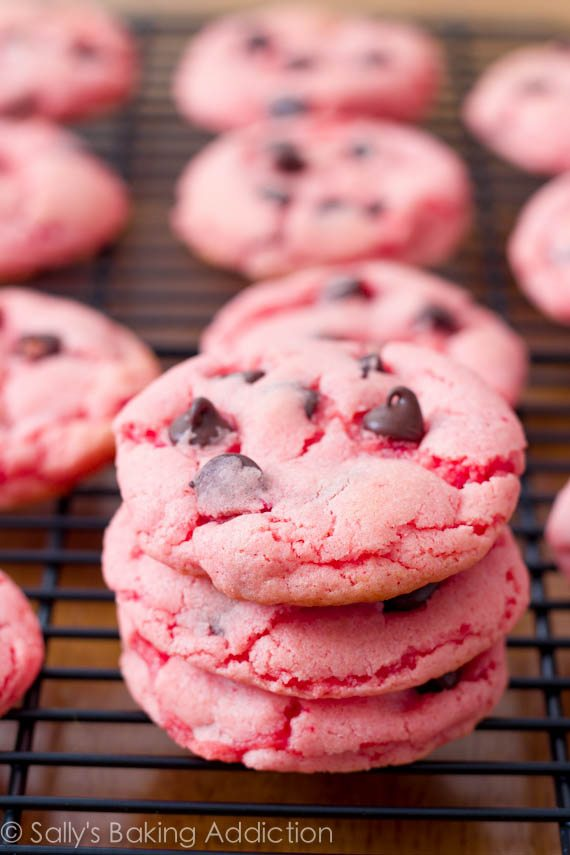 Strawberry Chocolate Chip Cookies by sallysbakingaddiction.com