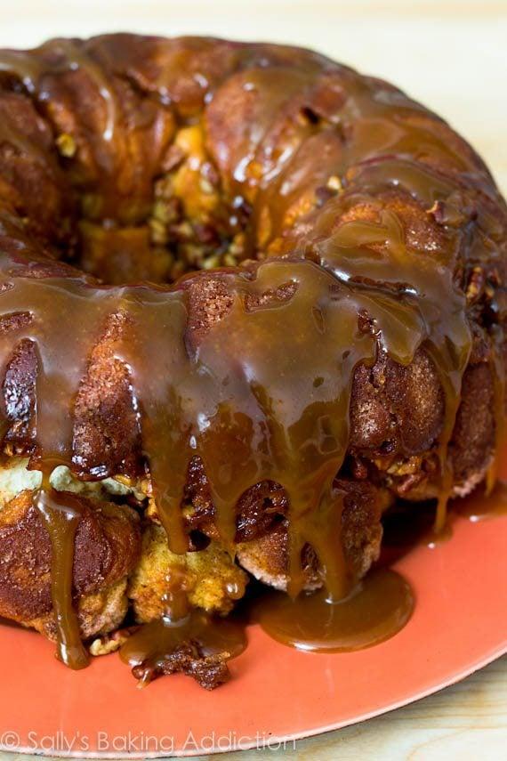 Sticky, cinnamon-spice pull-apart Monkey Bread with Caramel Sauce! sallysbakingaddiction.com