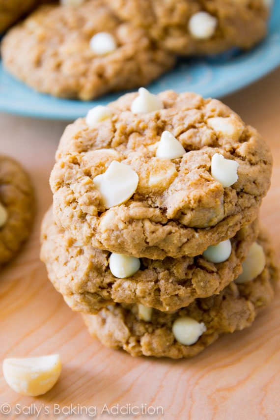 White Chocolate Macadamia Nut Oatmeal Cookies - buttery, soft-baked, and ultra chewy!