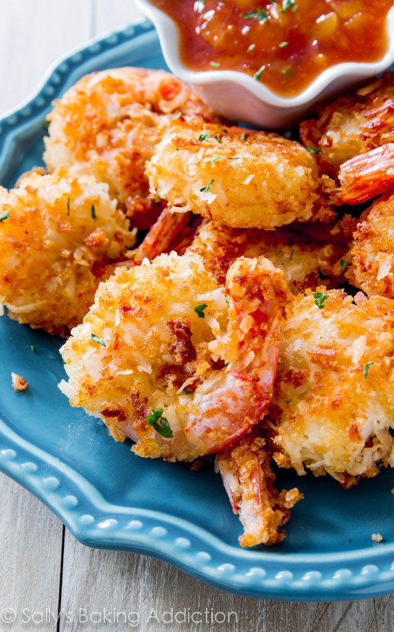 This is the best coconut shrimp recipe I've tried and you won't believe how easy it is! sallysbakingaddiction.com
