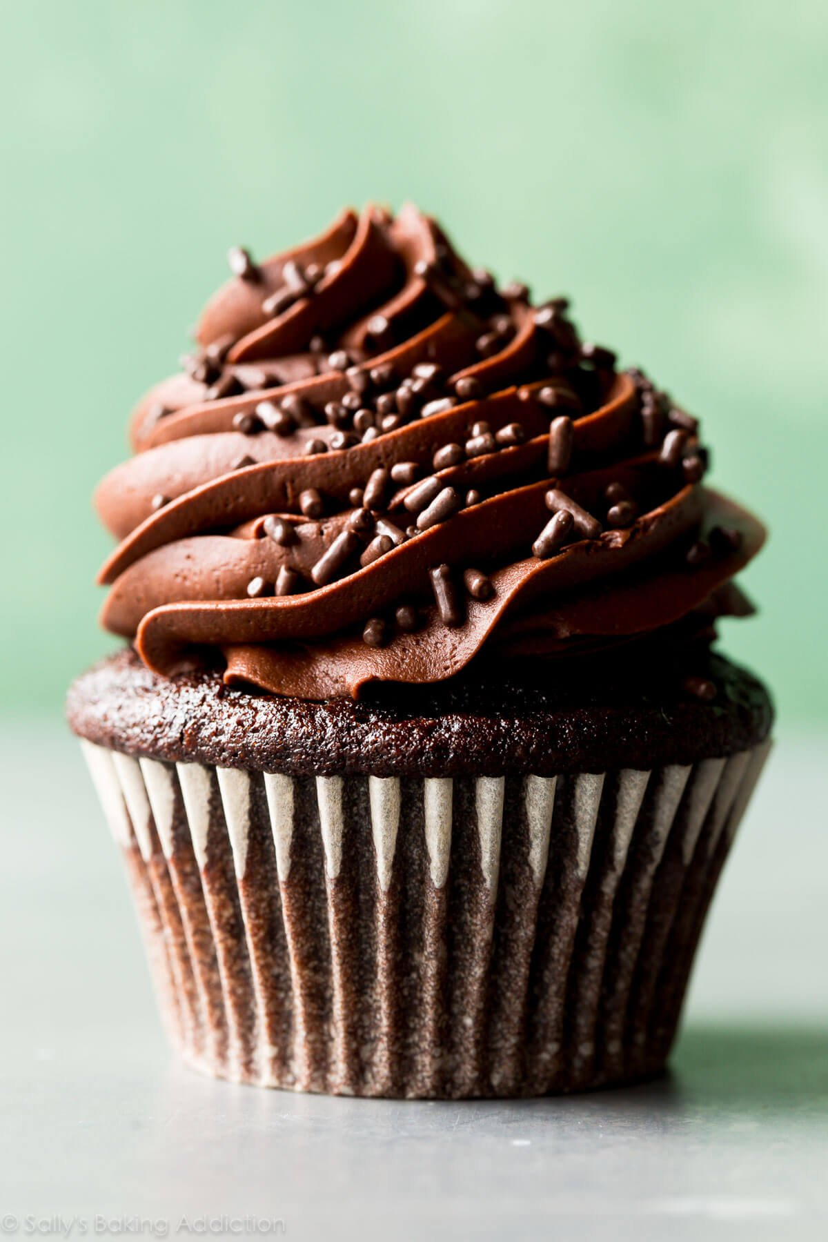 how do you make homemade chocolate cupcakes