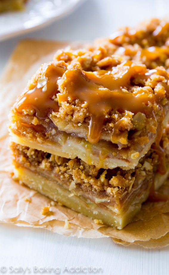Salted Caramel Apple Pie Bars. - Sallys Baking Addiction