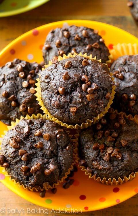 130 Calorie Chocolate Pumpkin Muffins from sallysbakingaddiction.com