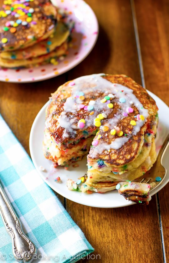 Simple and FUN Funfetti Buttermilk Pancakes on sallysbakingaddiction.com