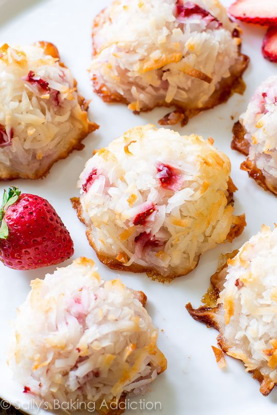 These strawberry coconut macaroons are moist and chewy on the inside ...