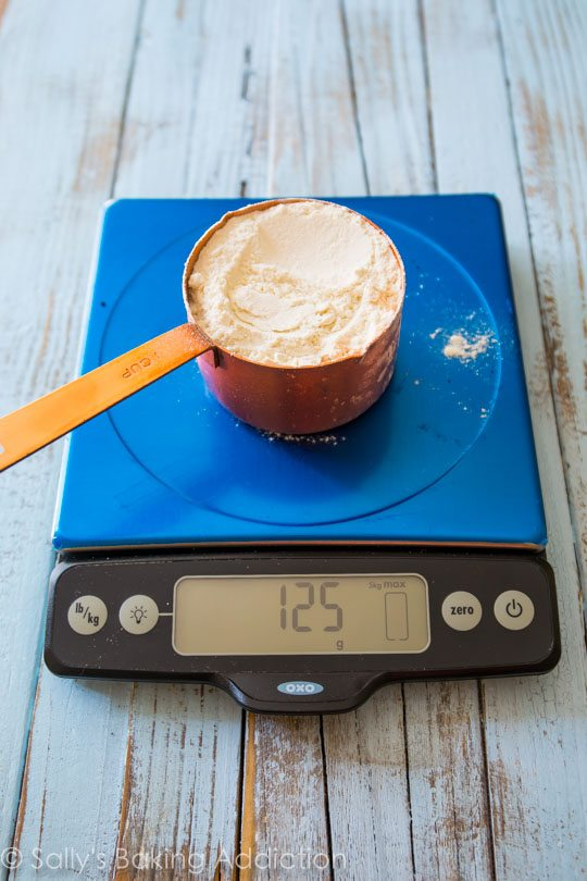 Learn how to correctly measure your baking ingredients on sallysbakingaddiction.com
