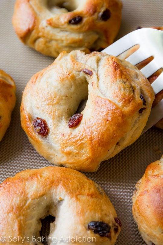 how-to-make-homemade-cinnamon-raisin-bagels-3