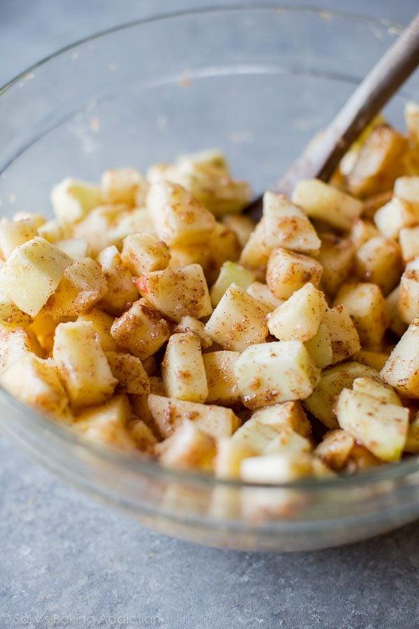 How to make apple slab pie on sallysbakingaddiction.com