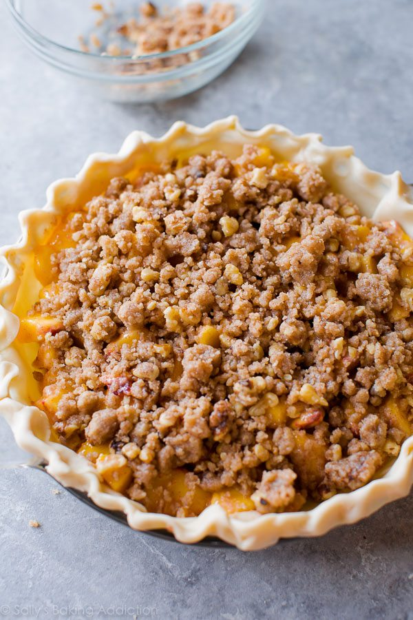 How to make brown sugar peach crumble pie on sallysbakingaddiction.com