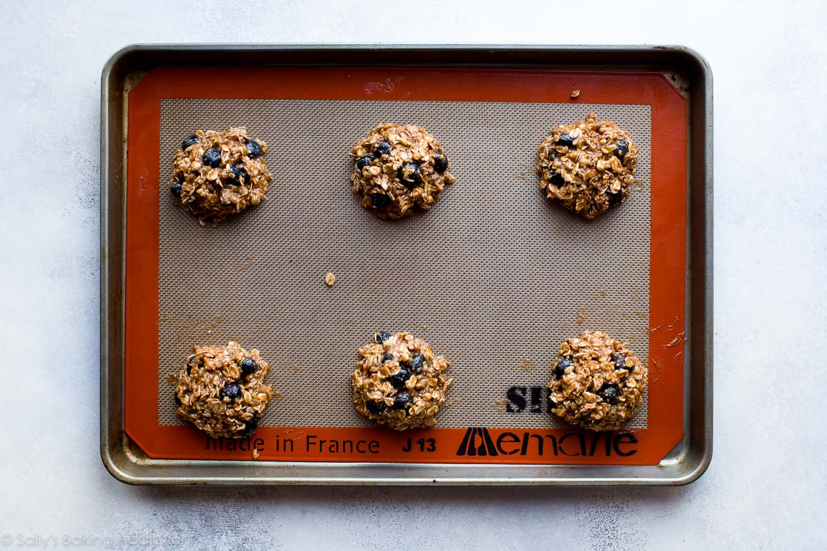 Blueberry breakfast cookies on sallysbakingaddiction.com