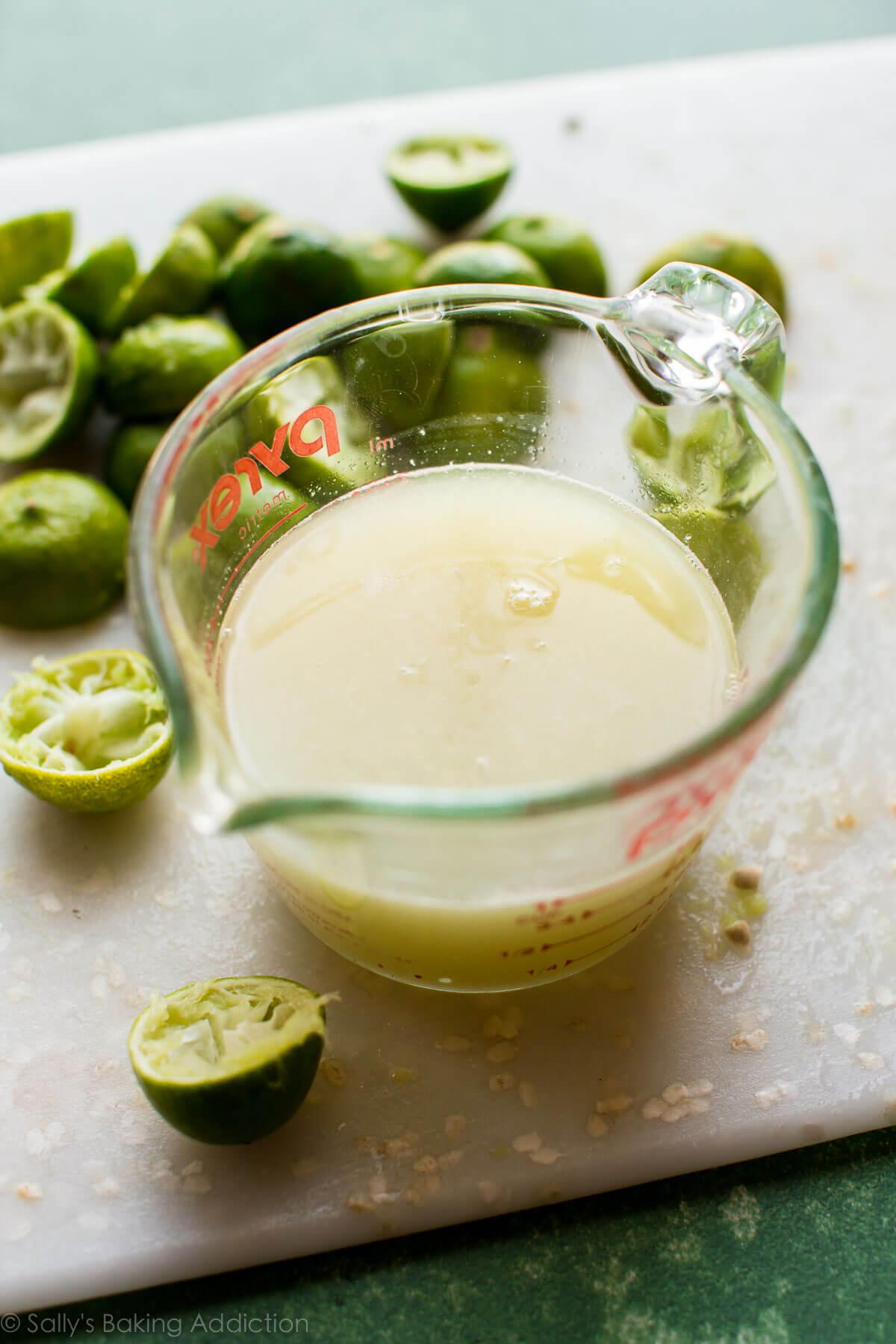 How to make EASY key lime pie on sallysbakingaddiction.com