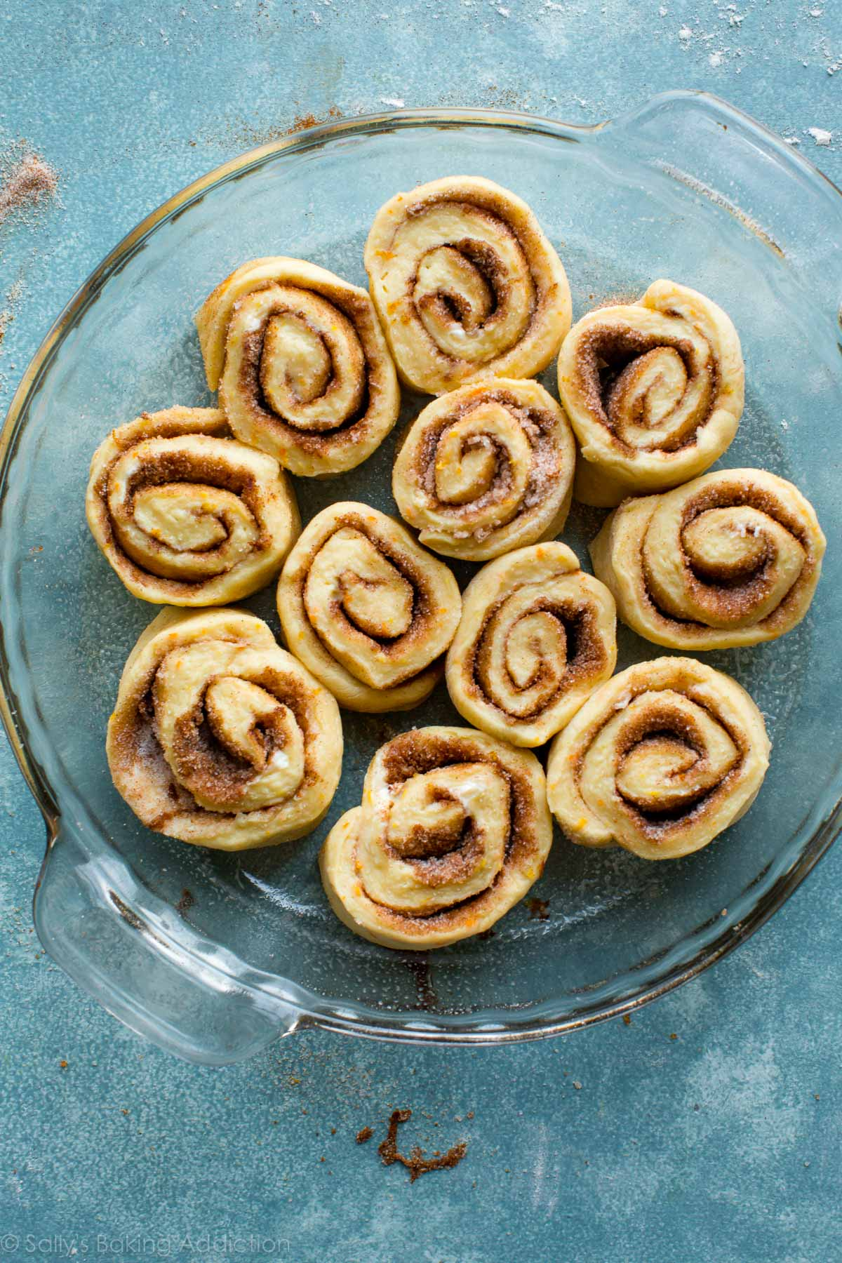 Easy orange sweet rolls on sallysbakingaddiction.com