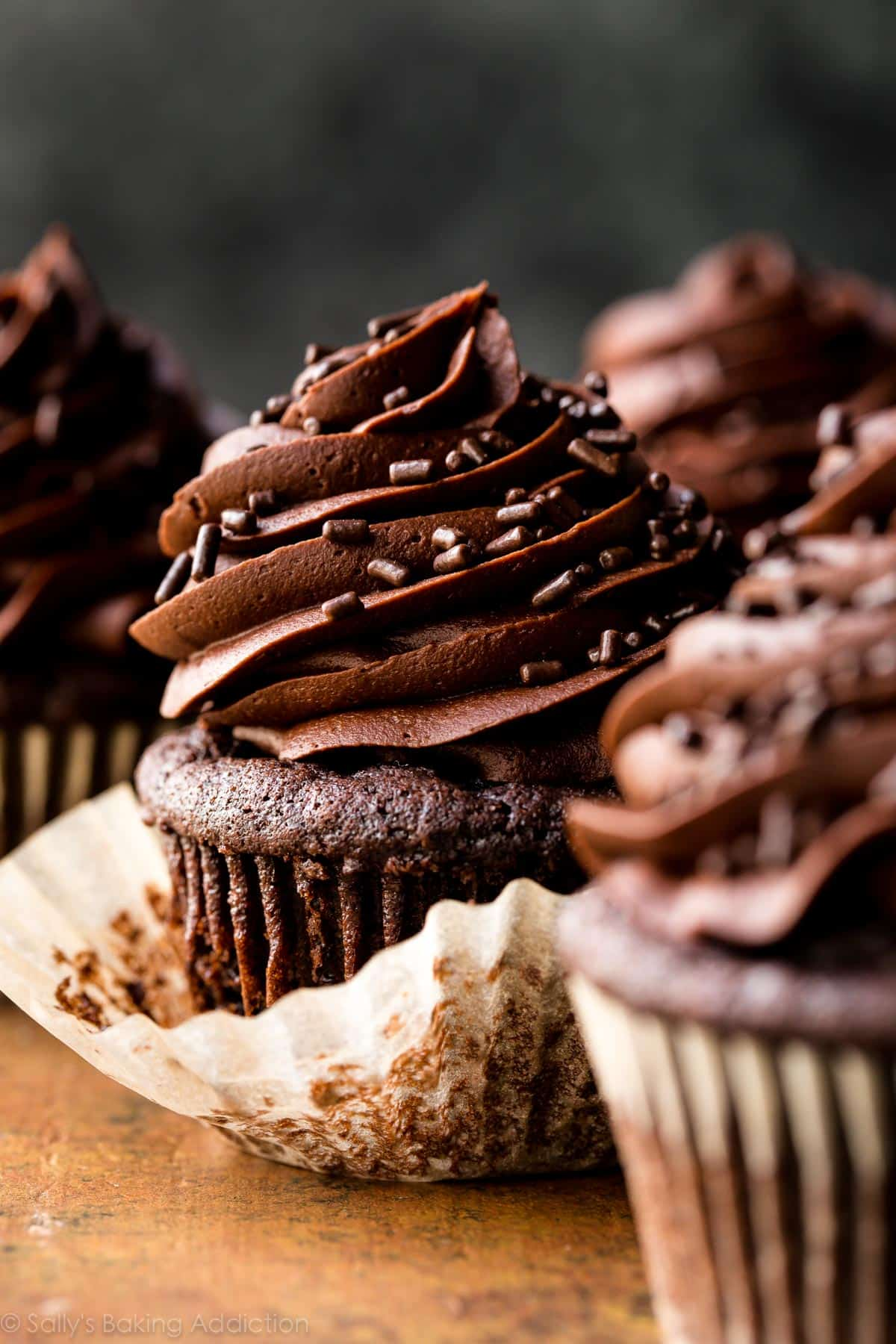Super Moist Chocolate Cupcakes Sallys Baking Addiction