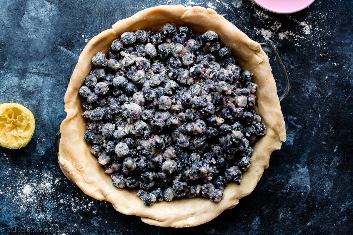 How to make blueberry crumble pie on sallysbakingaddiction.com