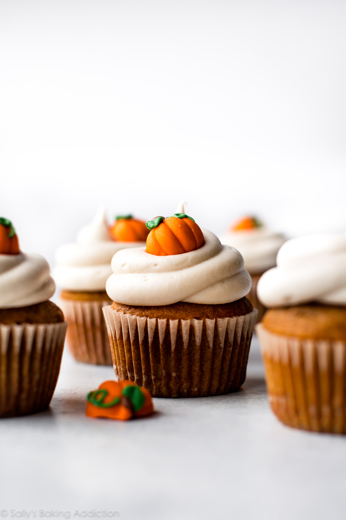 Pumpkin Cupcakes With Cream Cheese Frosting Sallys Baking Addiction