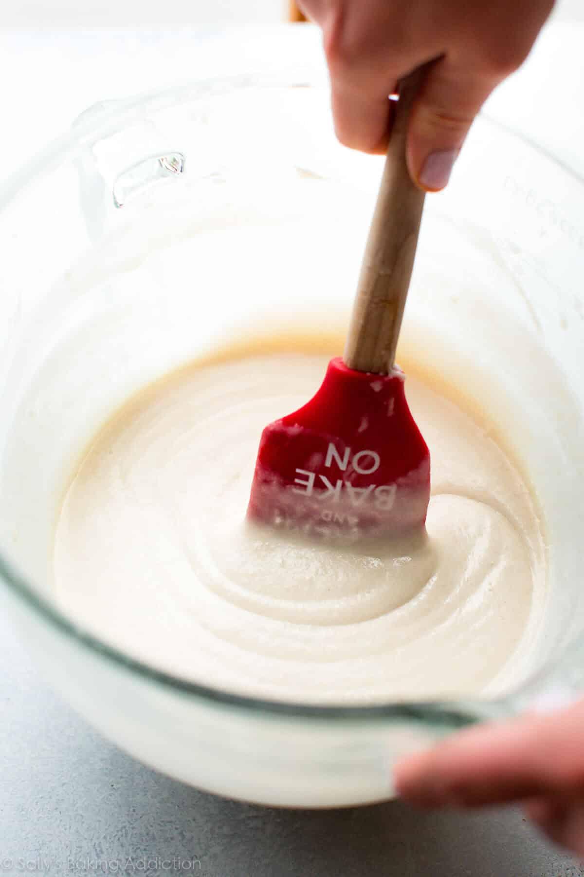 Vanilla wedding cupcakes on sallysbakingaddiction.com