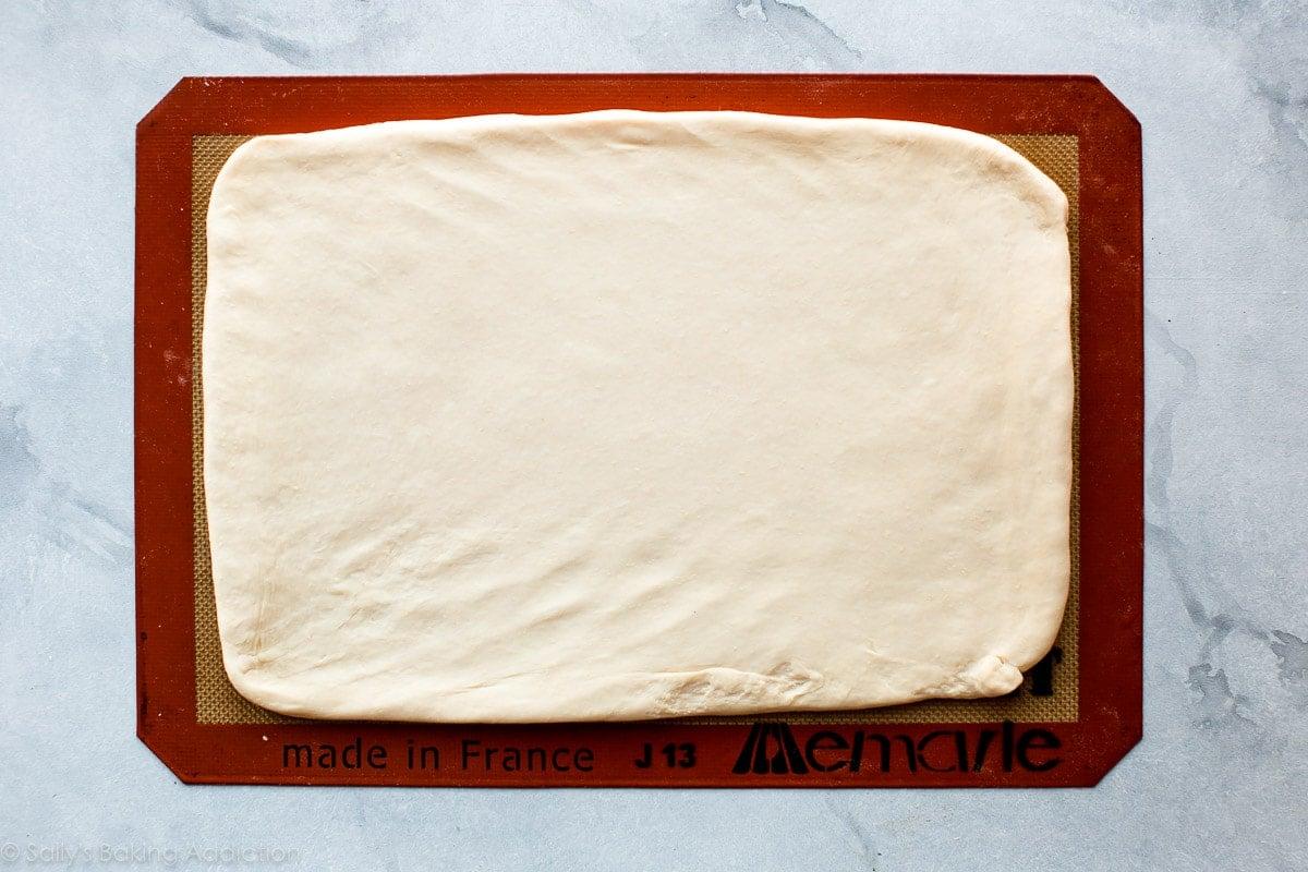 How to make croissant dough on sallysbakingaddiction.com