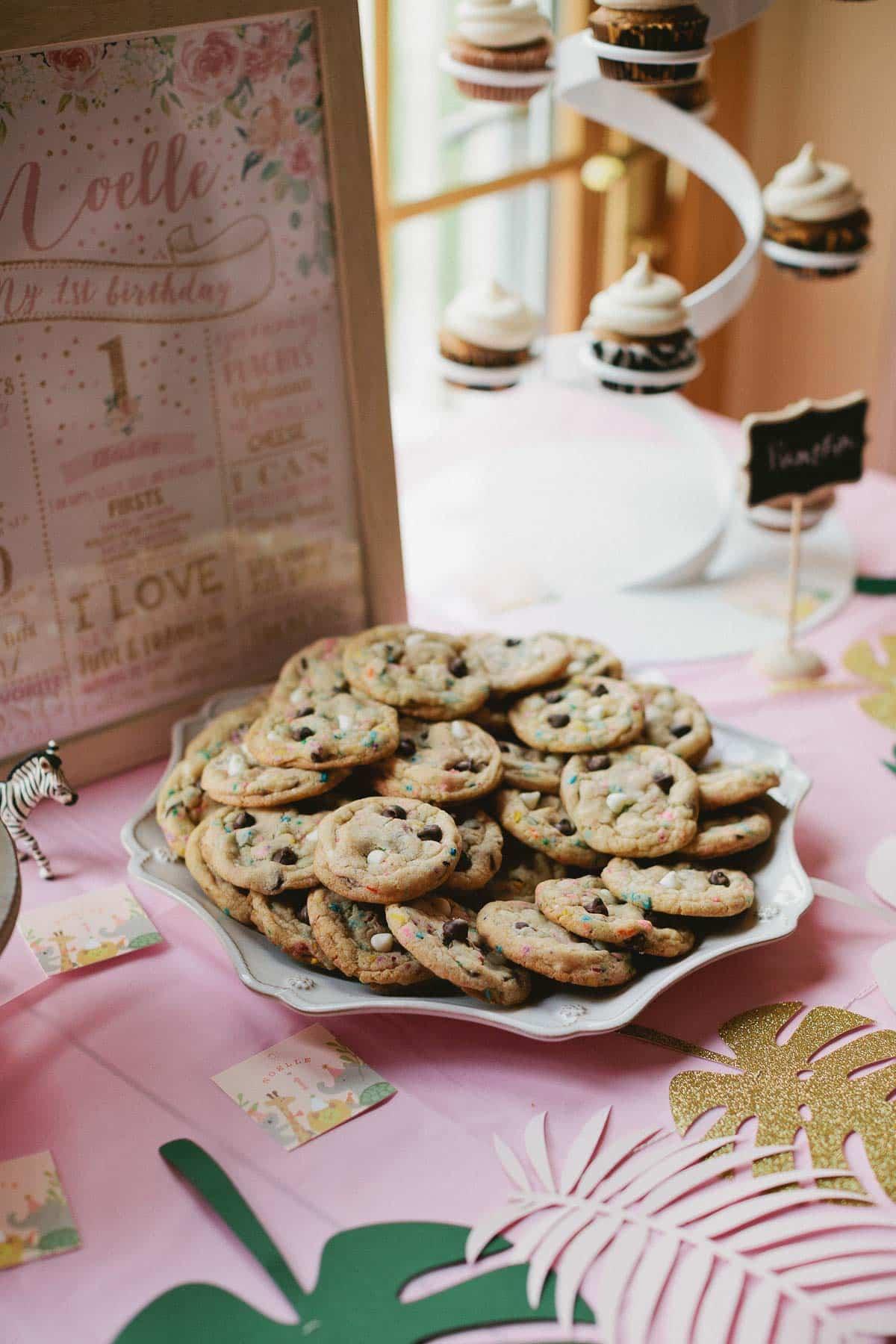 Cake batter chocolate chip cookies for 1st birthday party on sallysbakingaddiction.com