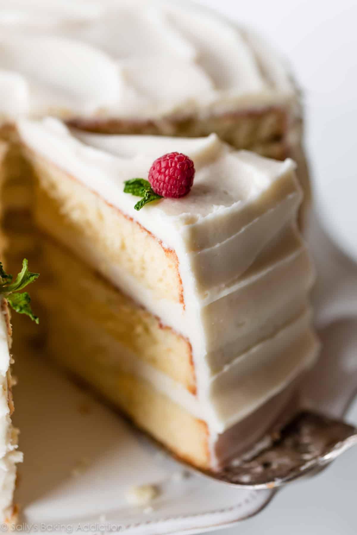 Vanilla cake with 3 layers